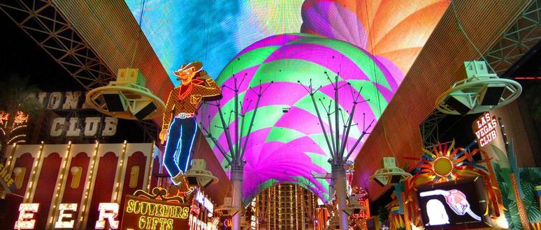 Show no teto de LED da Fremont Street