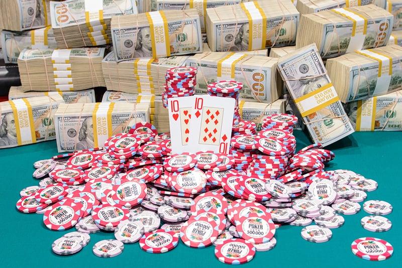 Onde comprar baralhos, fichas e coisas de jogos em Las Vegas