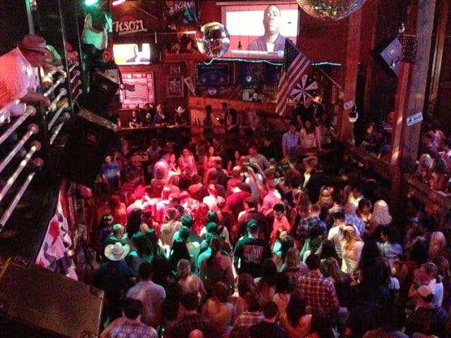 Baladas em San Diego na Califórnia | Melhores nightclubs