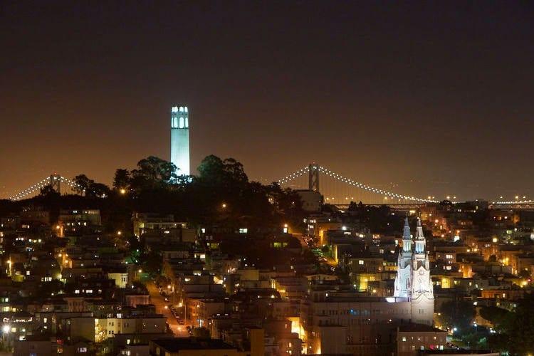 Estrutura do Mirante Coit Tower em San Francisco na Califórnia
