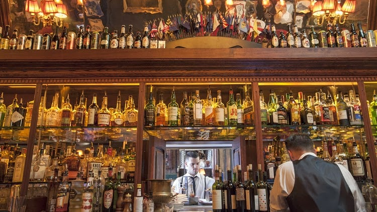 Os melhores whiskey bar de Los Angeles na Califórnia
