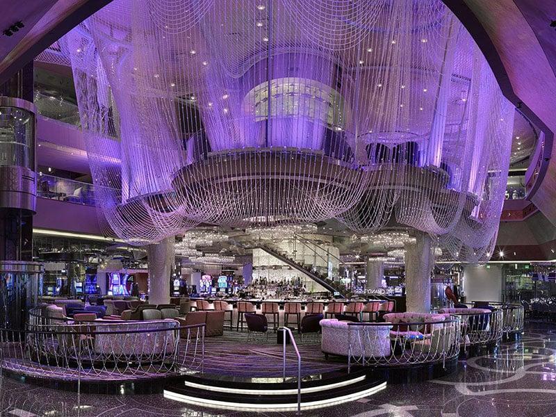 Dicas de Las Vegas: Bar Chandelier