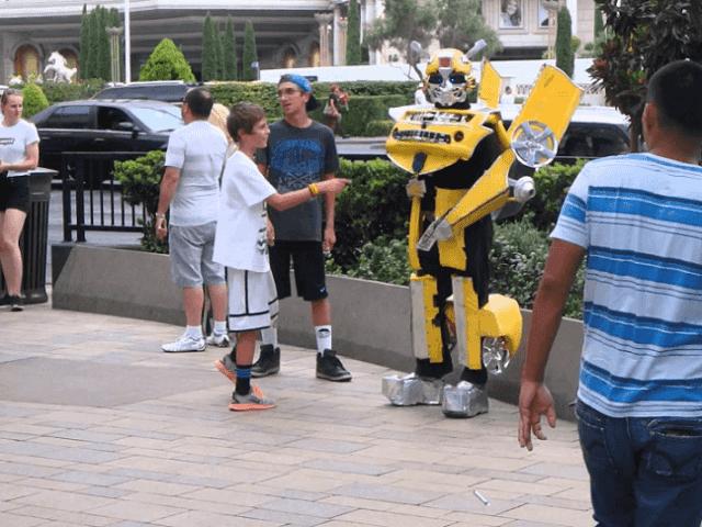 Personagens nas ruas em Las Vegas