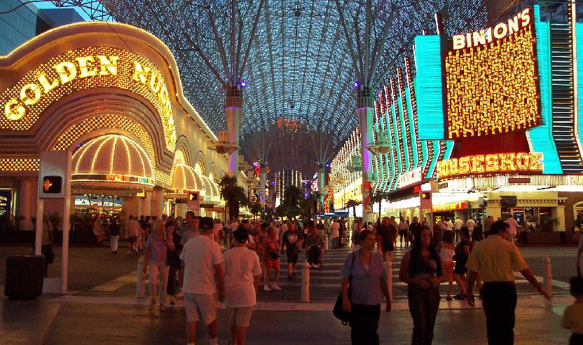 Calçadão da Fremont Street em Downtown Las Vegas