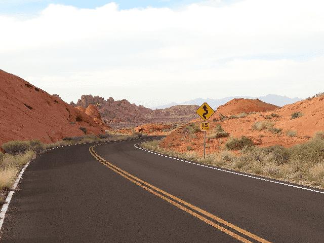 Distância entre as cidades da Califórnia e Las Vegas
