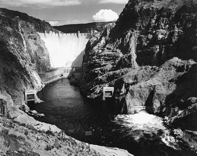 1935: Represa Boulder é inaugurada perto de Las Vegas