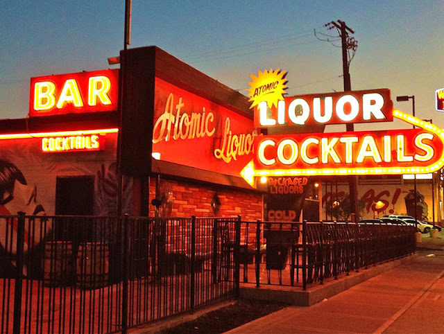 Principais bares de Downtown em Las Vegas: Bar Atomic Liquor